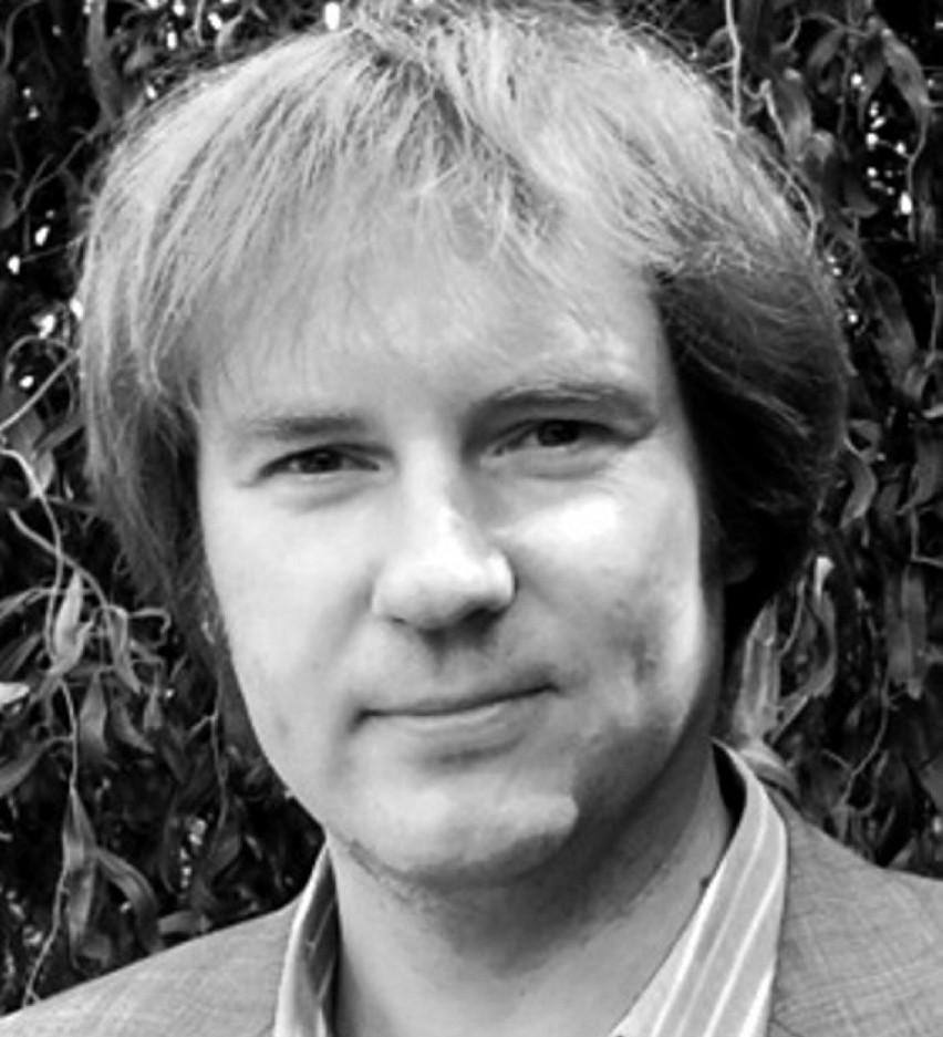 Dr Mariusz Świetlicki: Panie Premierze, niech Pan się nie...