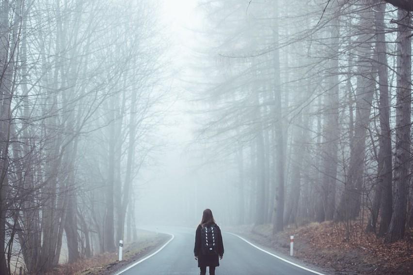 Gęste mgły spowiły województwo kujawsko-pomorskie.
