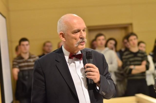 Nazwisko Korwina-Mikke, lidera Kongresu Nowej Prawicy, przyciągnęło na UAM tłumy studentów