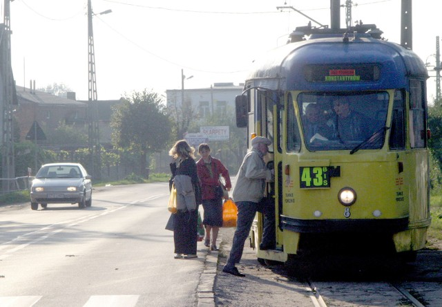 Tramwaje spółki obsługiwały linie 43 i 43bis