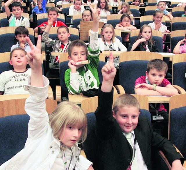 Dzieci miały mnóstwo pytań do prezydenta swojego  miasta