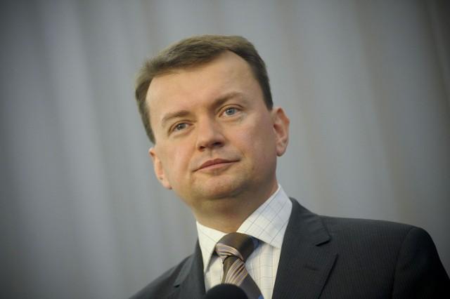 Mariusz Błaszczak, szef klubu PiS, oświadczył, że Twitter to przereklamowany blichtr