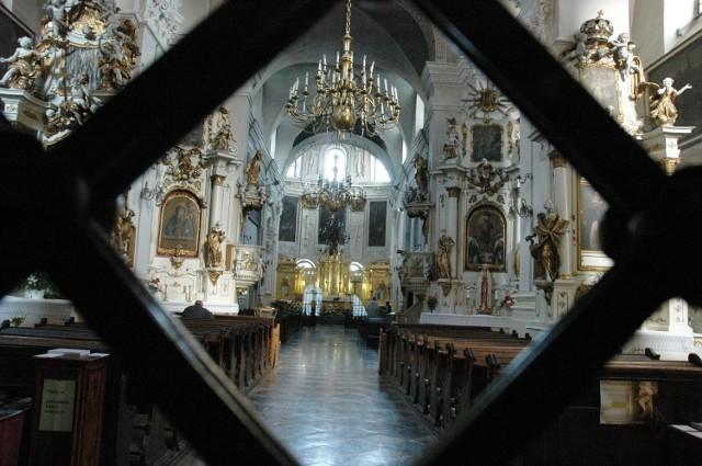 Jednej z kradzieży kobieta dokonała w kościele dominikanów na ul. Złotej