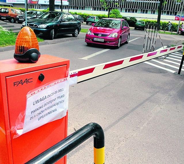 Parking przy bibliotece UMCS stał się terenem niezgody