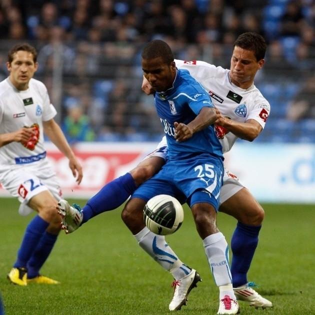 W poprzednim sezonie Lech przegrał z Ruchem w Chorzowie 0:1, a w Poznaniu wygrał 1:0