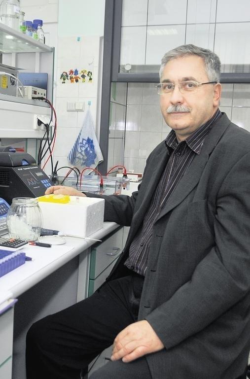 - Świnie zawsze towarzyszyły nauce - mówi prof. Słomski