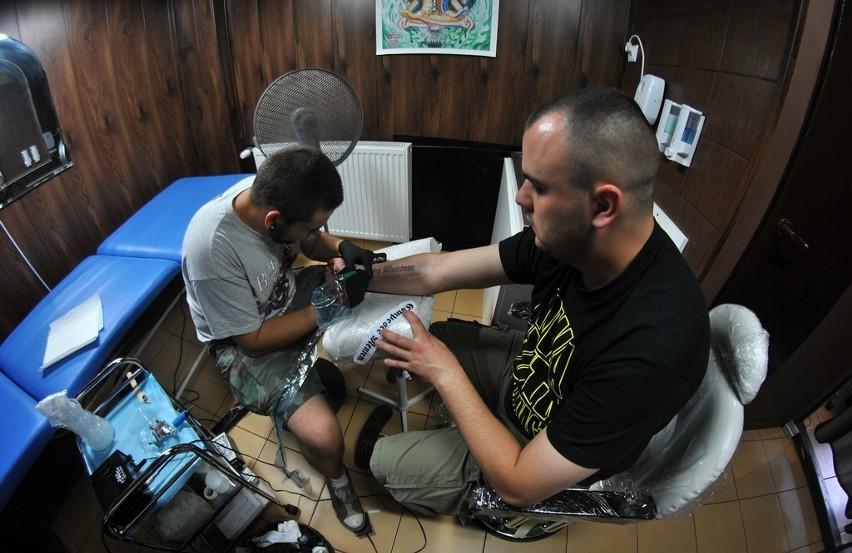 Studio Tatuażu W Nowej Hucie Już Otwarte Zdjęcia Kraków