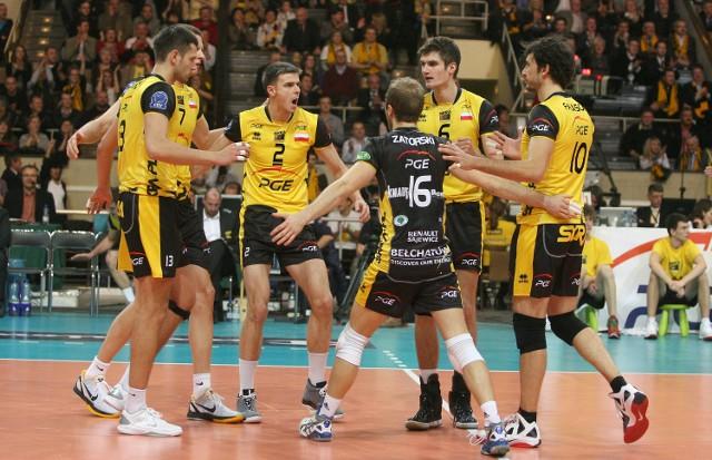 Skra wygrała swój ostatni mecz również 3-2. W środę pokonali w Łodzi ACH Volley Lubljana
