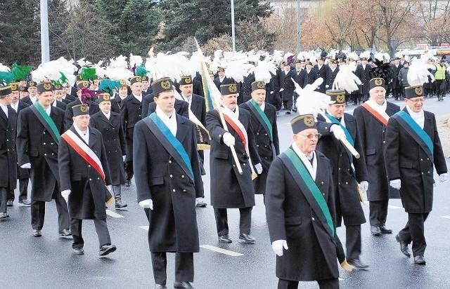 Górnicy tradycyjnie przemaszerowali główną ulicą Konina.