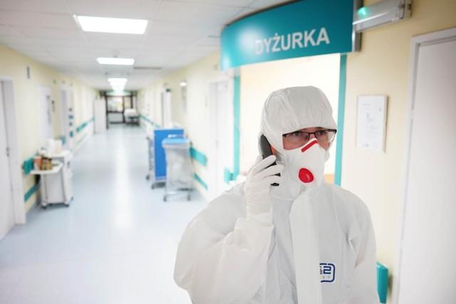 Rośnie liczba nowych zakażeń koronawirusem