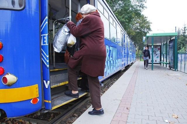 Dotychczas mieszkańcy Sołacza skazani byli na wysokopodłogowe tramwaje