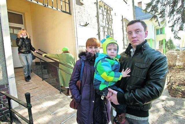 Magdalena i Paweł Kuźmiczowie pytają, dlaczego ich syn dostał receptę bez refundacji
