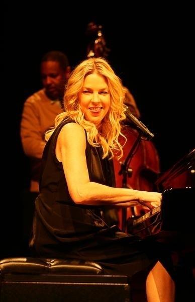 11 listopada, w ramach wrocławskiego Ethno Jazz Festival, usłyszymy globalną królową klimatów smooth, czyli Dianę Krall