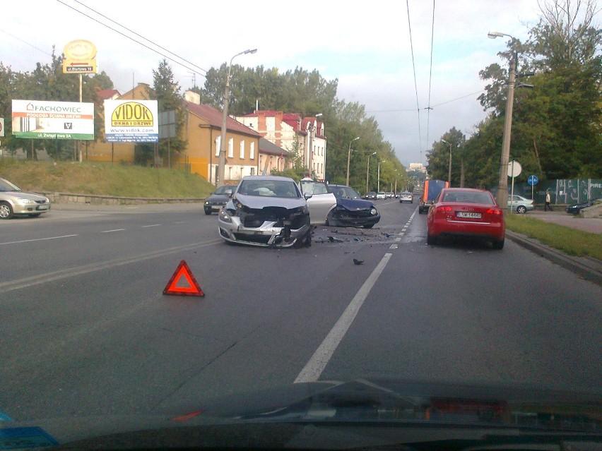 Droga Męczenników Majdanka: Kolizja toyoty i seata