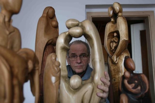 Zygmunt Łaciok z Kokoszyc za darmo wykona drewnianą rzeźbę św. Wawrzyńca