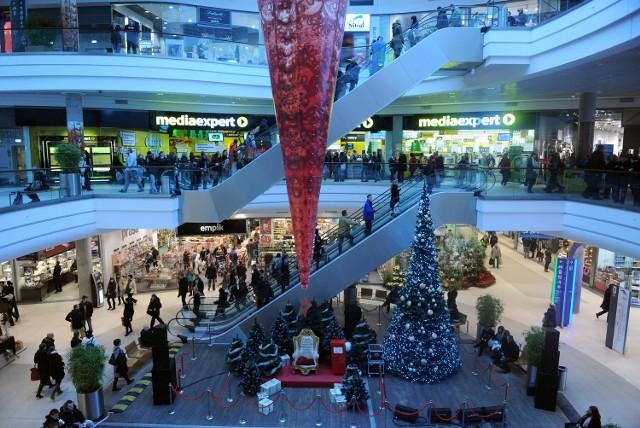 W czasie świątecznych zakupów czyha na nas szereg marketingowych pułapek.
