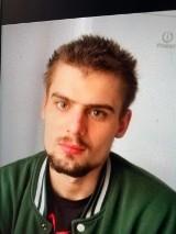 Policjanci proszą o pomoc w poszukiwaniach Mateusza Zdanowskiego. Mężczyzna zniknął 25 marca
