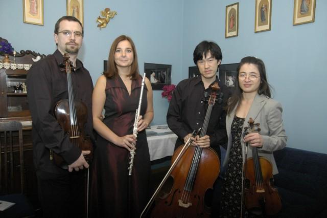 Wśród muzyków, którzy występowali w Salonie im. Feliksa  Nowowiejskiego są Ewa i Marcin Murawscy oraz Cheung Chau i Blanka Bednarz.