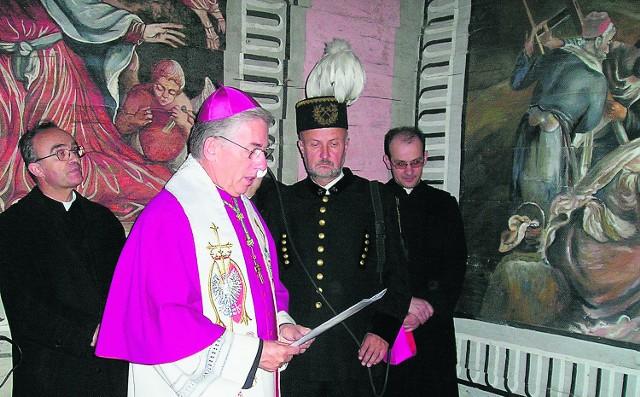 O pomyśle budowy drogi mówiono już w 2005 roku podczas poświęcenia kaplicy Passionis