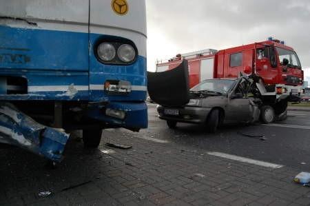 Prawdopodobnie poślizg był przyczyna tego wypadku Fot. Maria Sowisło