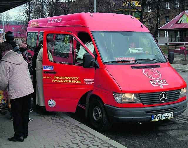 Z Nowego Targu do Lipnicy busy kończą kursy codziennie ok. godz. 18