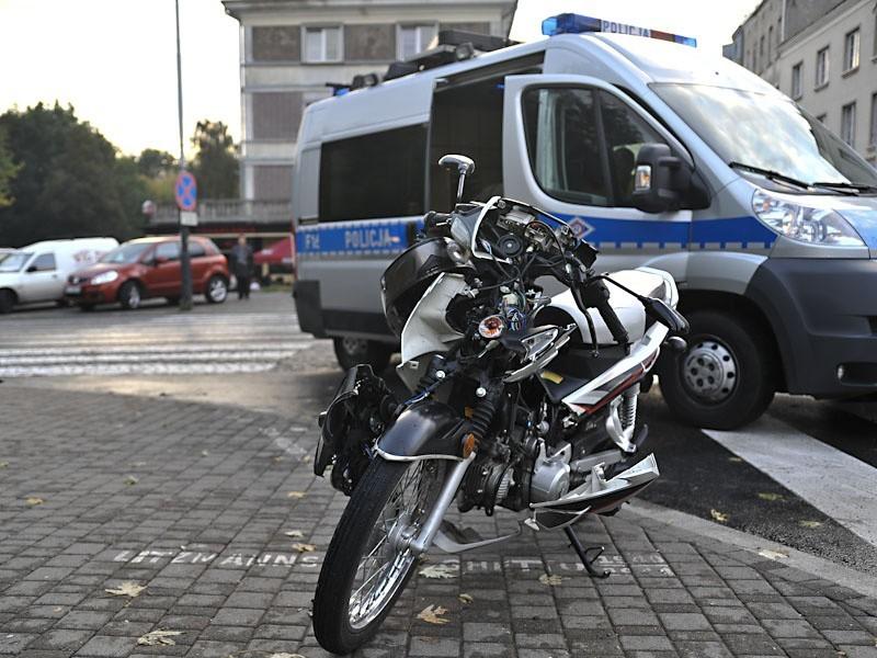 Motocyklista ranny w wypadku na Zgierskiej [ZDJĘCIA]