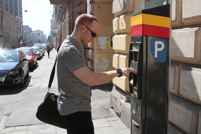 Podwyżka parkowania już w październiku. Za godzinę zapłacimy 3 zł, zamiast dotychczasowych 2 zł.