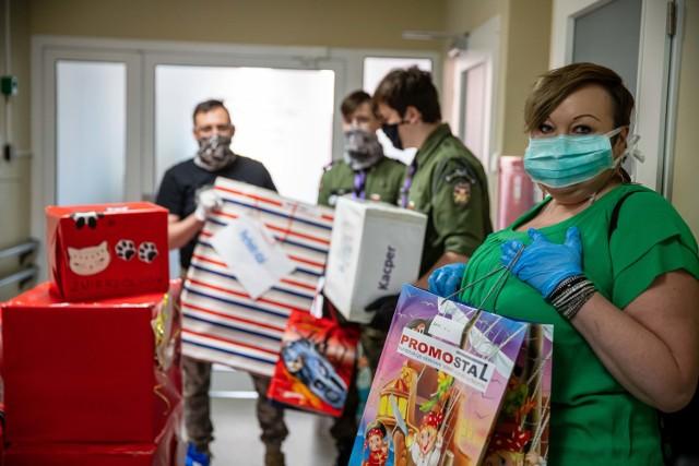 Dzień Dziecka na Onkologii. Mali pacjenci dostali prezenty