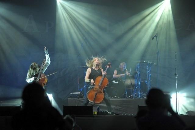 Apocalyptica na scenie pierwszego dnia festiwalu w Jarocinie