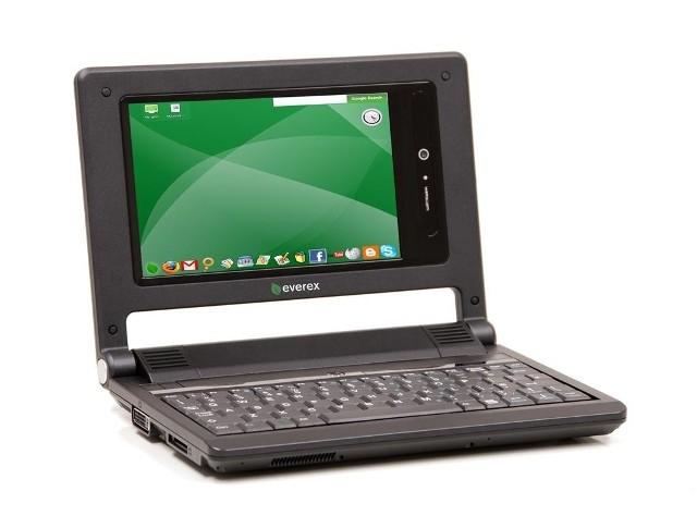 Everex CloudBook waży 900g i można go mieć za 900zł