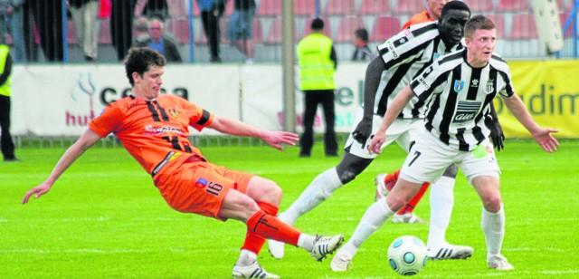 Piłkarze Sandecji Nowy Sącz mają zamiar podnieść głowy do góry i wygrać ostatnie trzy mecze