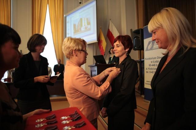 Medale wręczyła wojewoda Jolanta Chełmińska