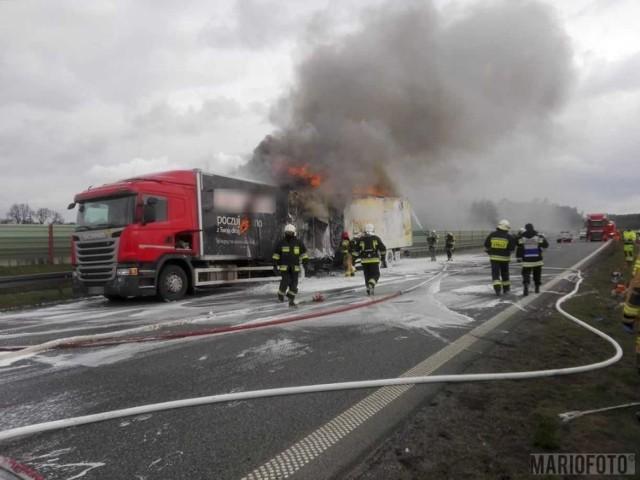 Pożar ciężarówki na opolskim odcinku autostrady A4.