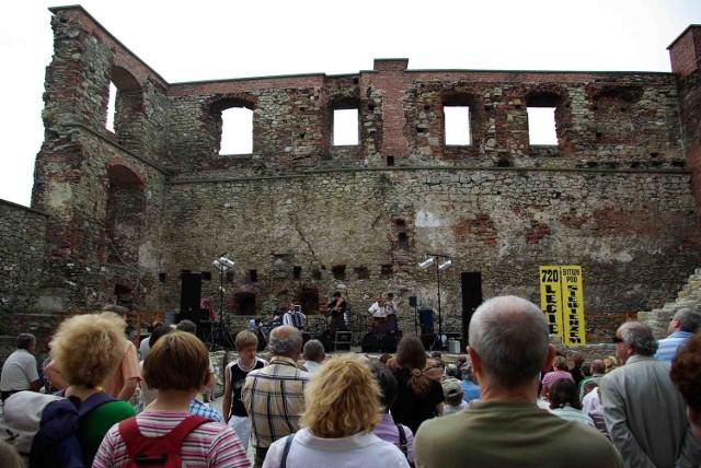 Spektakl odbędzie się w zamku, podobnie jak koncerty z okazji 750-lecia bitwy pod Siewierzem