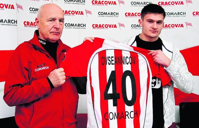 """Georgij Owsjannikow będzie grał w koszulce w pasy z numerem 40, bo """"9"""" była zajęta..."""