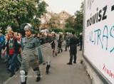 Tak wyglądała w Wałbrzychu wojna kibiców w 1998 roku! Zobaczcie koniecznie archiwalne zdjęcia