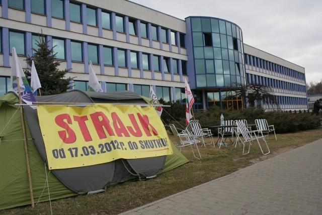Po dziesięciu dniach strajku w Zakładach Azotowych Puławy pracownicy zawiesili swój protest