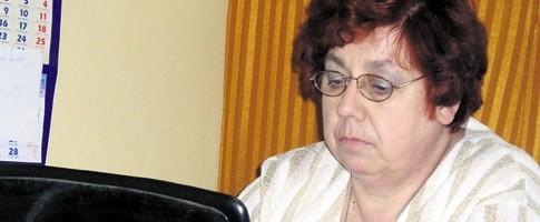 Wanda Bogacz kilka razy obliczała średnią pensję pielęgniarek, za każdym razem było to mniej niż twierdzi dyrekcja