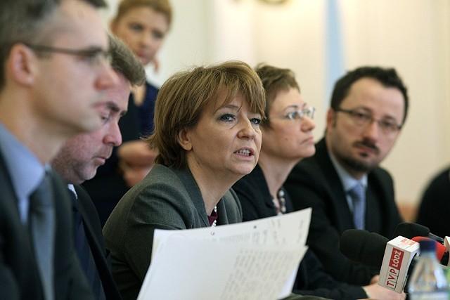 Hanna Zdanowska nie ma czasu dowodzić, iż nie jest wielbłądem.