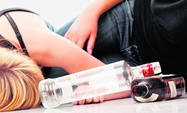 Zatrzymane kobiety miały po około 2,4 promila alkoholu.