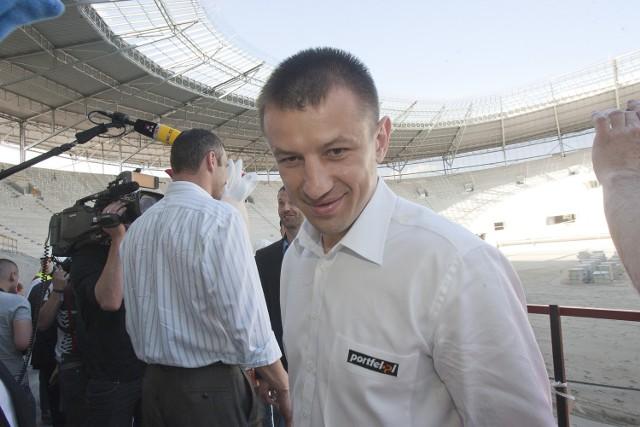 W maju 2011 Tomasz Adamek odwiedził budowę wrocławskiego stadionu