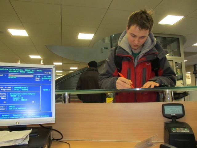 Krzysztof Dreszer, wrocławianin dzisiaj zaświecił się w systemie e-WUŚ na czerwono.