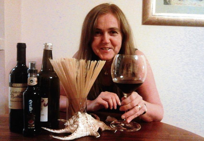 Oliwa z oliwek, makaron i czerwone wino - smak Italii cały rok