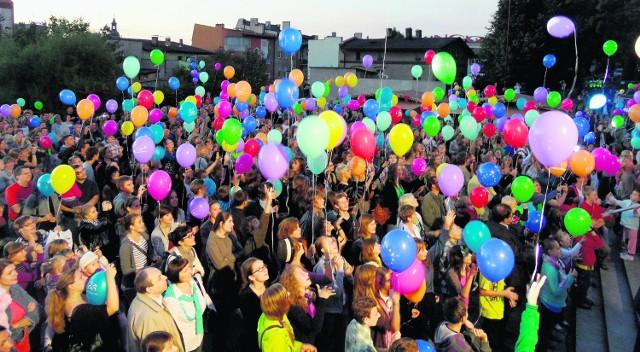 Mieszkańcy długo zapamiętają kongres. W czwartek w niebo wypuszczono tysiąc balonów
