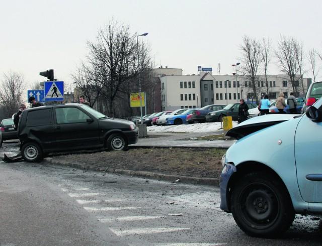 """Kraksa spowodowała wielokilometrowe korki na """"94"""""""
