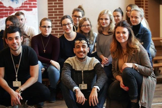 Wolontariusze Euroweek odwiedzili legnickie II LO.