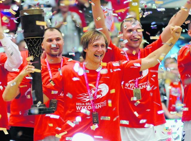 Tak koszykarze ze Słupska cieszyli się z brązowego medalu