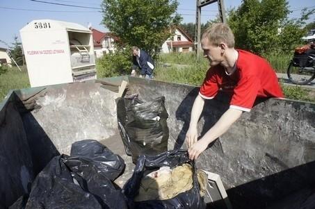 Mieszkańcy Umultowa sprzątali w sobotę swoją dzielnicę