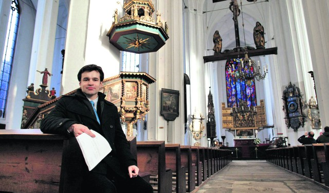 Tomasz Korzeniewski, konserwator  kościoła Mariackiego twierdzi, że w bazylice znajduje się 28 zabytków