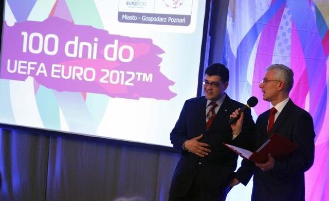 """""""Pokaż się na UEFA Euro 2012"""" - to kolejna miejska kampania, której celem jest promocja mistrzostw Europy w piłce nożnej w Poznaniu"""